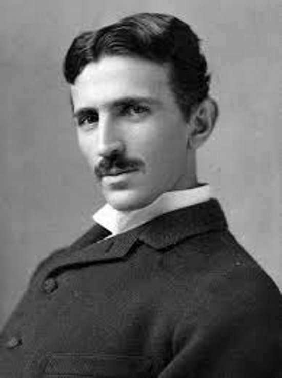 Nikola Tesla se contacto con extraterrestres